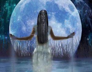 Семирамида богиня на Луната, е станала известна като Ищар, име, което означава в превод Великден.