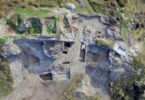 Крепостта Русокастро