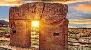 Тайнственият Портал на Слънцето в Тиахуанако, Боливия, обърква учените.