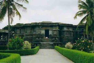 Интересният храм Hoysaleswara в Индия е построен през 12 век
