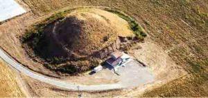 Най-голямата тракийска гробница (могила) Малтепе до село Маноле