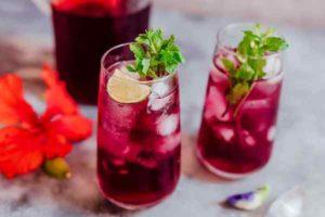 Охладете се с тази здравословна лятна напитка