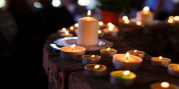съновник смърт мъртвец свещи