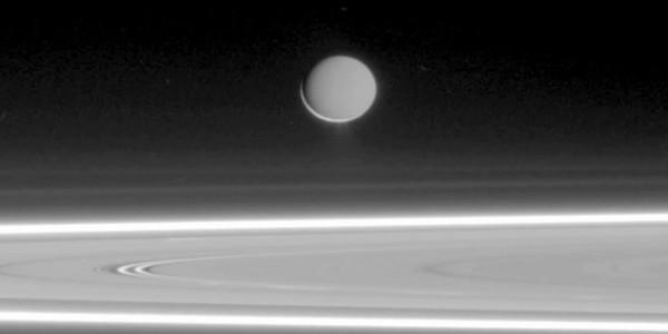 Спътник на Сатурн - Енцелад